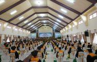 Dihadiri Gubernur dan Ketua DPD-RI, Unkhair Wisuda Lagi Ribuan Sarjana